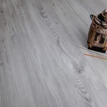 Кварц-виниловая плитка для пола